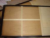 2. ベニヤ板をカットして木工用ボンドで貼り付けます。
