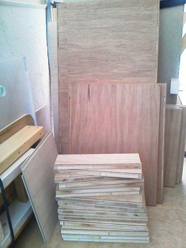 1. まずは、木取りが終了!3×6板2枚です。